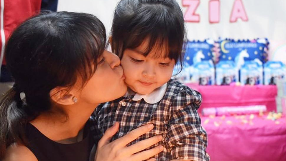 Marian Rivera And Baby Zia's Matching Bangs Are Adorable