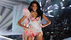 Winnie Harlow Gets Slammed For Saying Antm Didn't Do Anything For Her Career