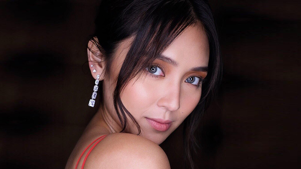How to Do Your Christmas Party Makeup Like Kathryn Bernardo