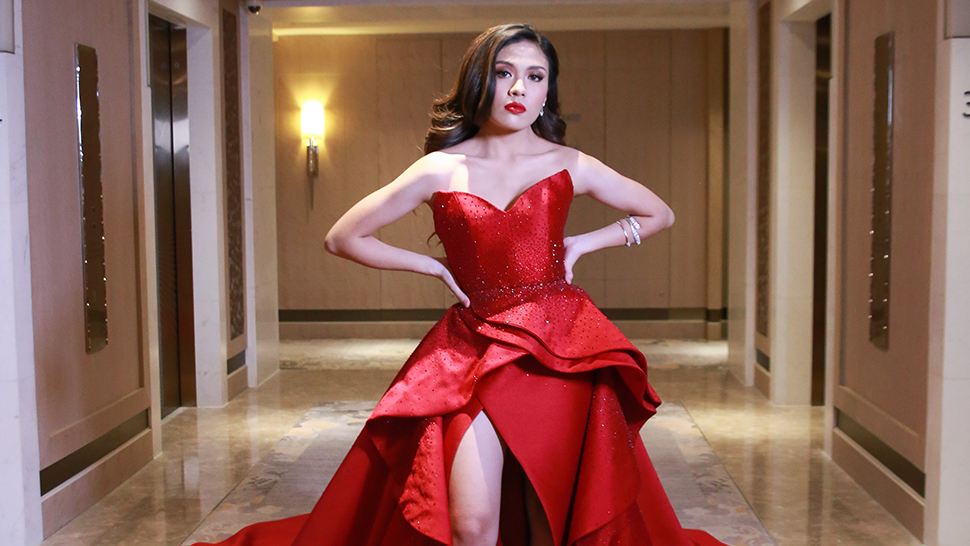 All the Details of Frankie Pangilinan's Old Hollywood Debut Look
