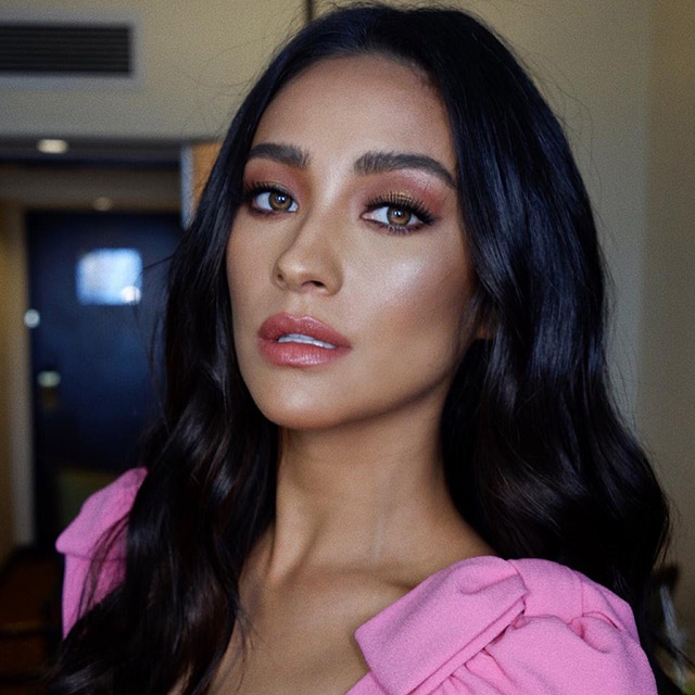 Shay Mitchell Makeup Looks In Manila