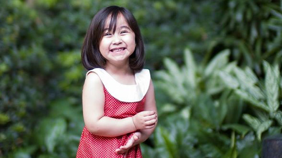 Scarlet Snow Belo Doing Catriona Gray's Lava Walk Is Too Cute for Words