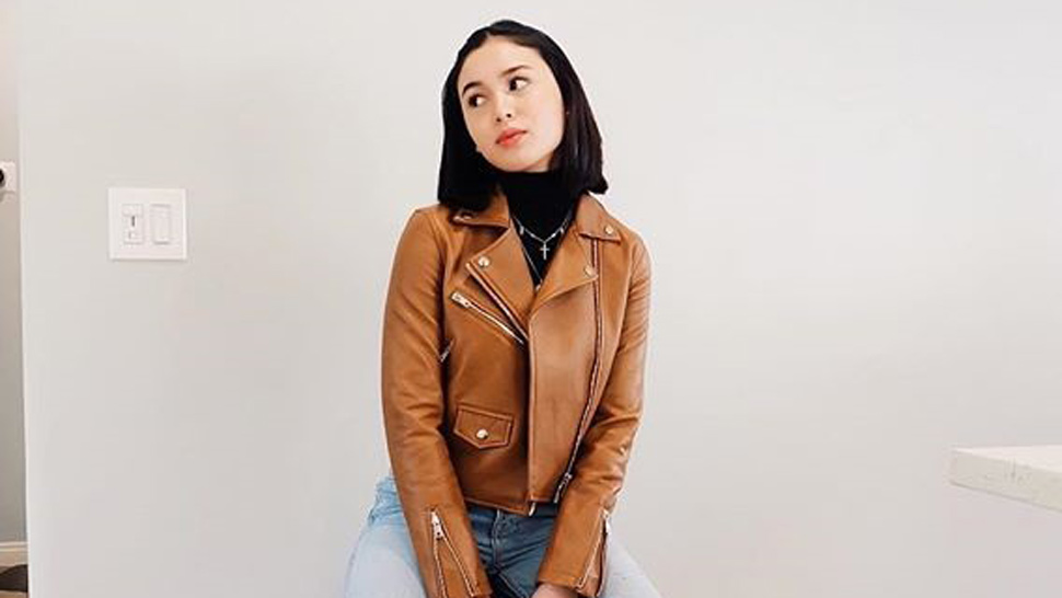 3 Cool Ways To Wear A Turtleneck, According To Claudia Barretto