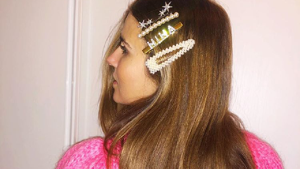 These Gorgeous Photos Will Finally Convince You To Wear Hair Barrettes