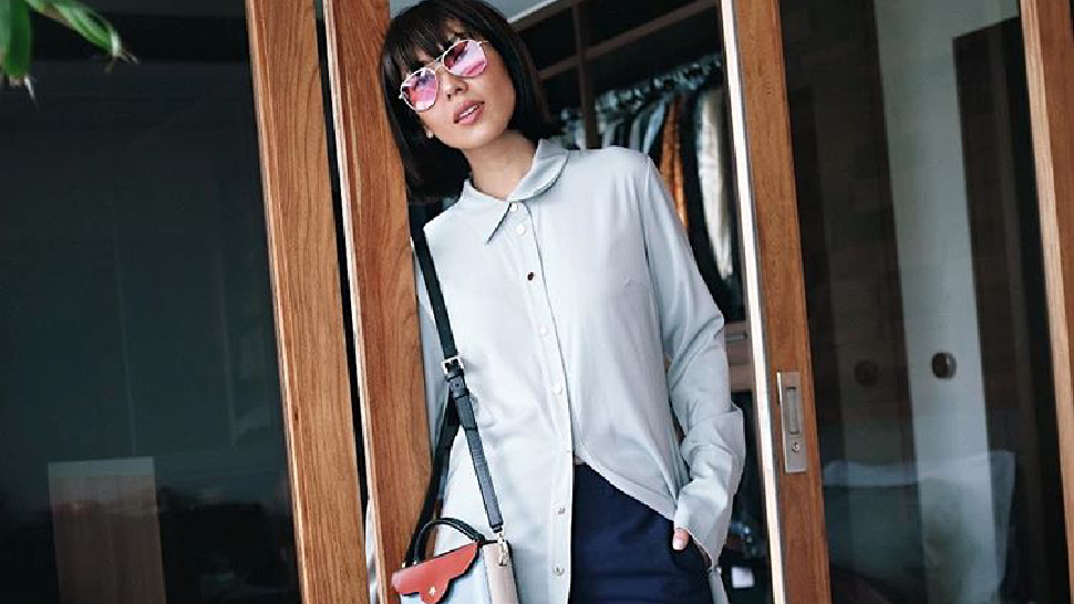Liz Uy's Got A Cool Way To Style A Long Shirtdress