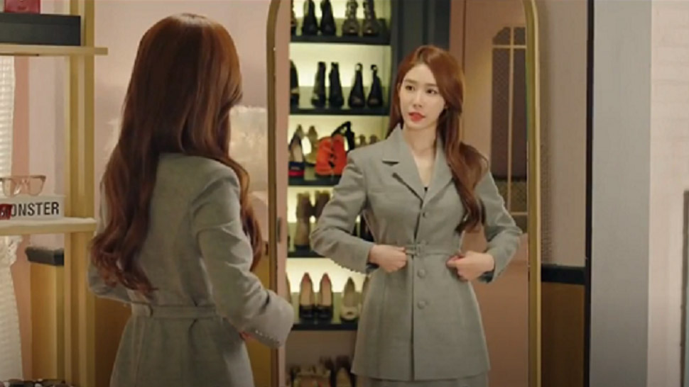 "5 Cute Office OOTDs We'd Love to Steal from K-Drama ""Touch Your Heart"""