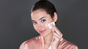 You Have To Watch Catriona Gray Removing Her Makeup
