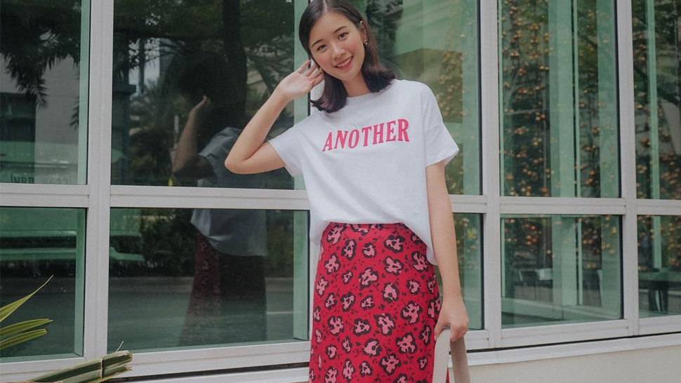 5 Demure Ways To Style A White T-shirt, According To Tricia Gosingtian