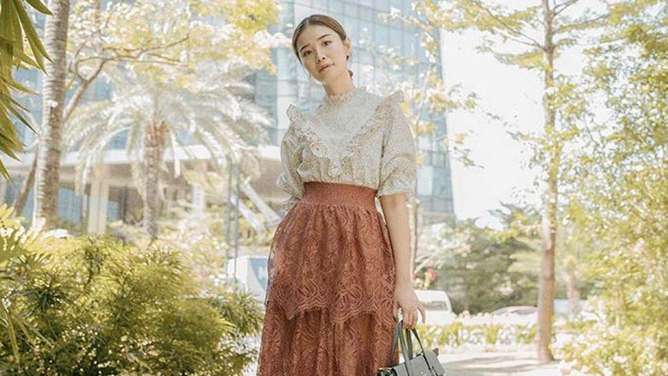 Here's How to Wear Lace on Lace Like Tricia Gosingtian