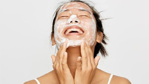 3 Things To Keep In Mind When Applying Your Acne Products