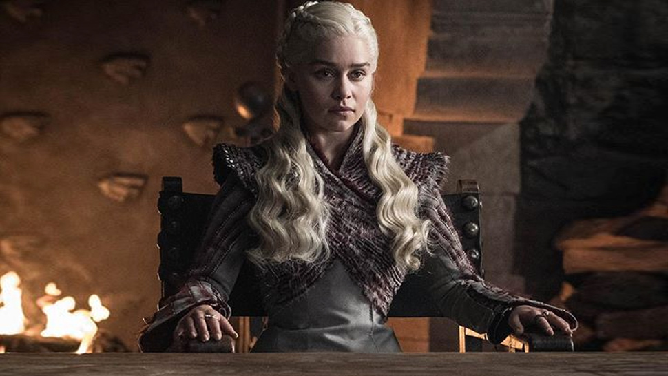 A Starbucks Cup Was Found In Game Of Thrones And The Internet's Losing It