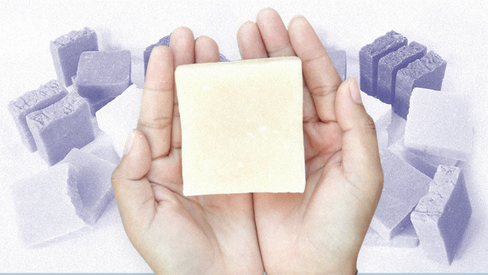 Here's The Correct Way To Use A Shampoo Bar
