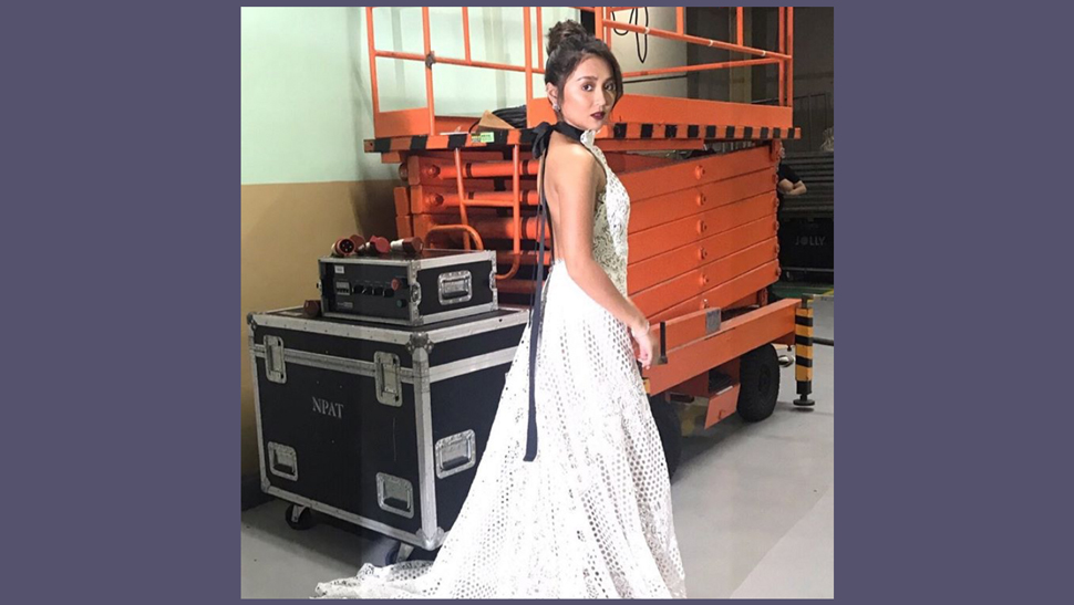 Kathryn Bernardo Turned Heads As She Received Another Best Actress Award