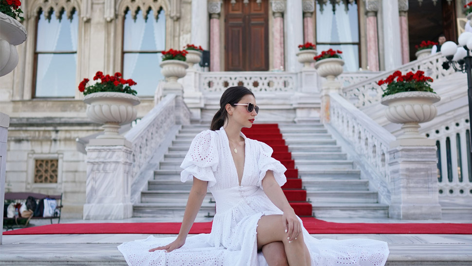 What to Wear on a Trip to Istanbul, According to Celebrities
