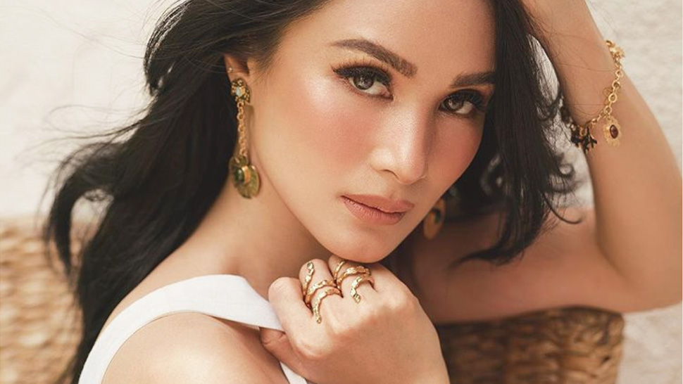 Heart Evangelista Designed A Collection With This French Jewelry Label