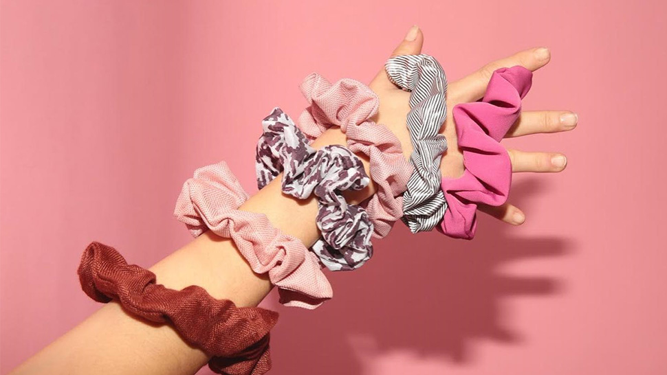 Scrunchies Are Back, and Here Are Cool Ways to Wear Them