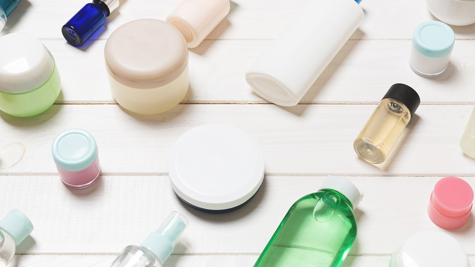 "These Are The ""good"" And ""bad"" Alcohols In Your Skincare Products"