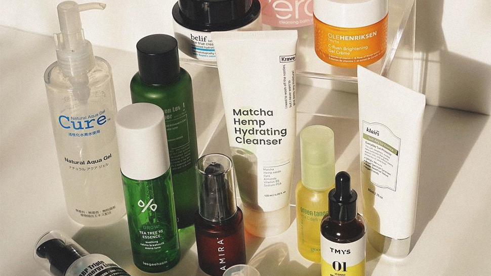 Here's What to Do If You're Breaking Out from the 10-Step Skincare Routine