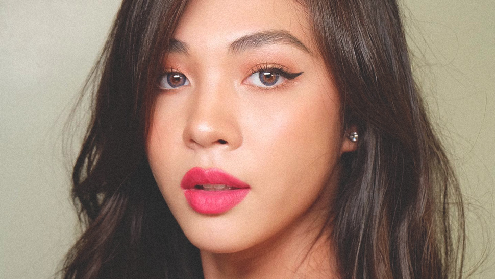 Janella Salvador's Eyeliner Trick Will Make You Wear A Cat Eye More Often