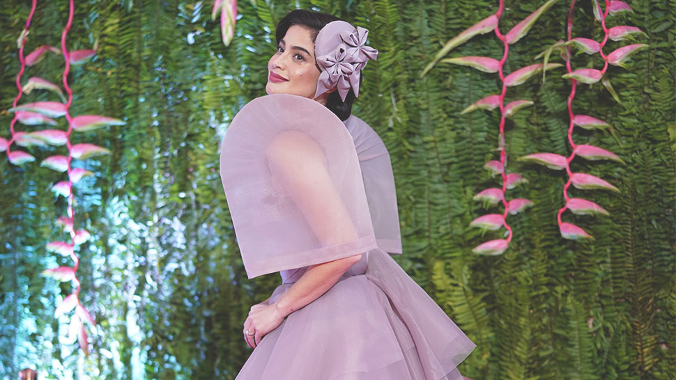 You Have To See Anne Curtis' 1950s-inspired Filipiniana Attire