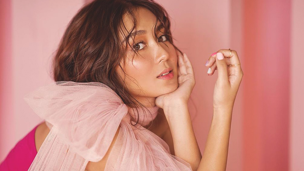 These Photos Of Kathryn Bernardo Will Make You Want To Paint Your Nails