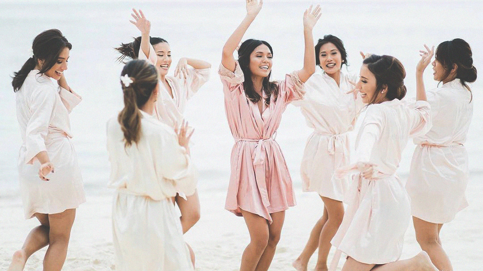 5 Online Brands Where You Can Order Bridal Robes For You And Your Bridesmaids
