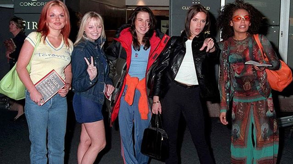 You Have to See These Celebrity Airport OOTDs from the '90s