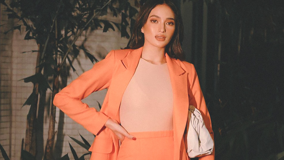 Sarah Lahbati Has A Sleek, Minimalist Way To Wear Neon Orange