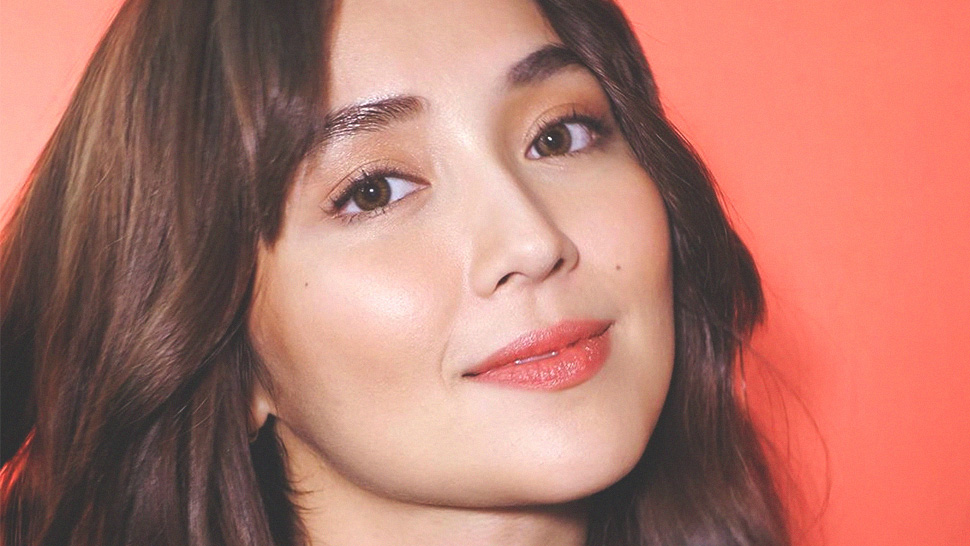 We Found the Exact Rosy Blush Kathryn Bernardo Wore in This Selfie
