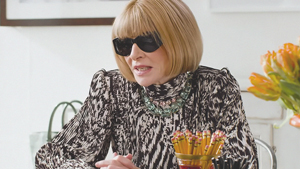 This Is The Best Outfit To Wear To Holiday Parties, According To Anna Wintour