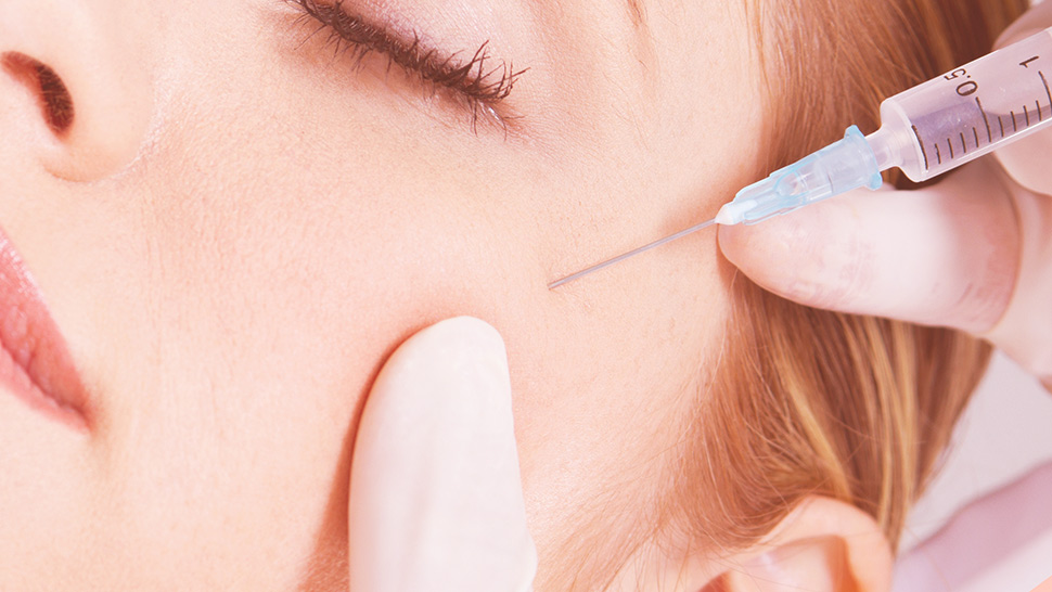Here's How Filler Injections Can Get Rid Of Your Acne Scars