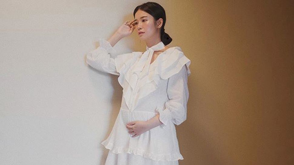 We Found The Exact White Dress Tricia Gosingtian Wore In This Ootd