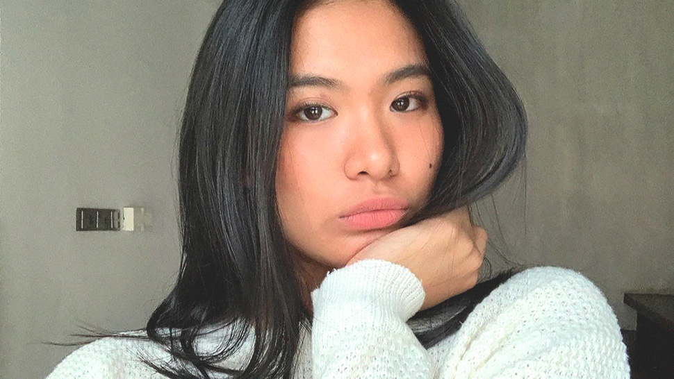 These Are the Exact Lipsticks Lou Yanong Uses for a Peachy Nude Lip