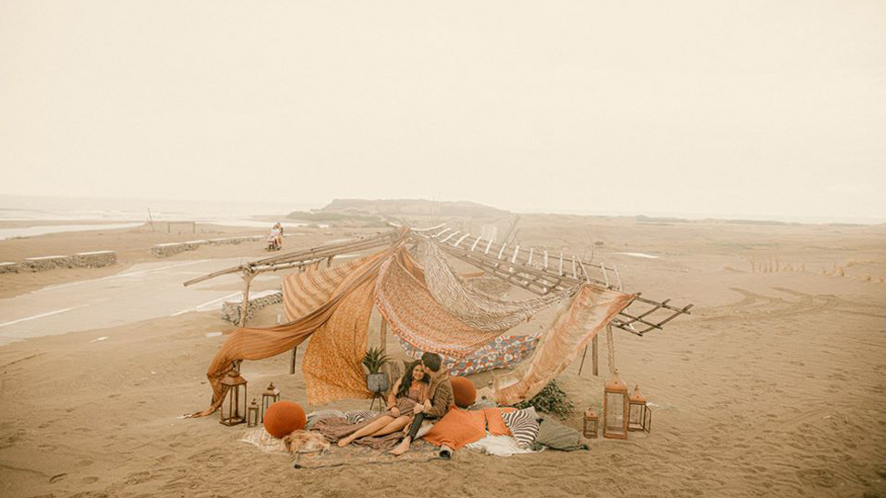You Have to See This Desert-Themed Prenup Shoot in Ilocos Norte