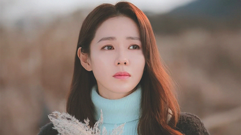 "Here's How Son Ye-jin Does Her Hair And Makeup In ""crash Landing On You"""