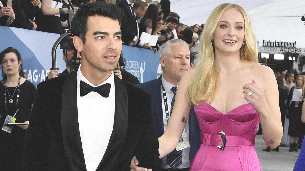 Sophie Turner and Joe Jonas Were Real-Life Barbie and Ken at the SAG Awards