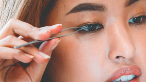 This Beauty Hack Will Change The Way You Apply False Eyelashes
