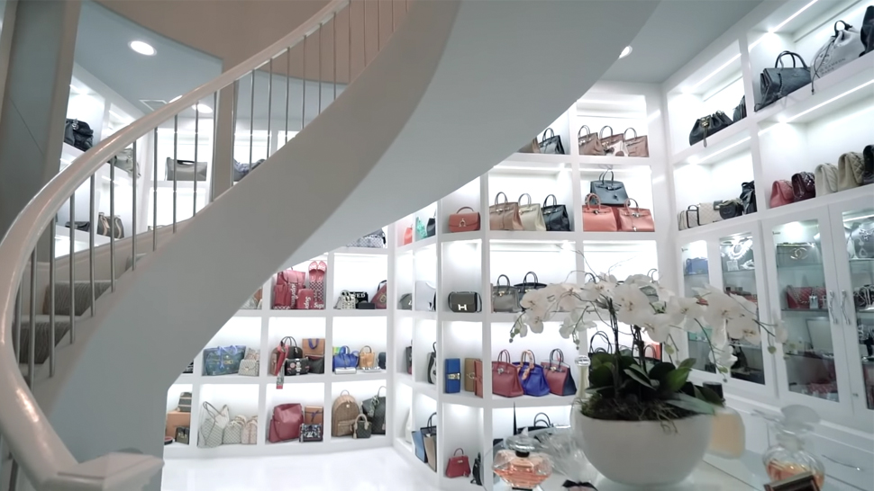 You Won't Believe What The Biggest Closet In America Looks Like