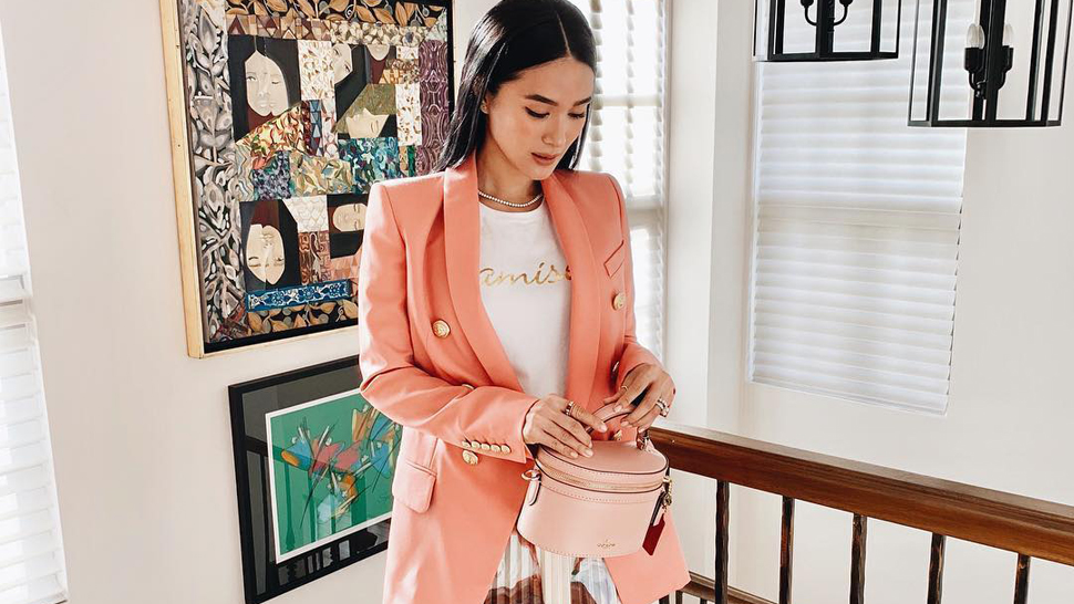 These Ootds Will Inspire You To Wear Colored Blazers To Work