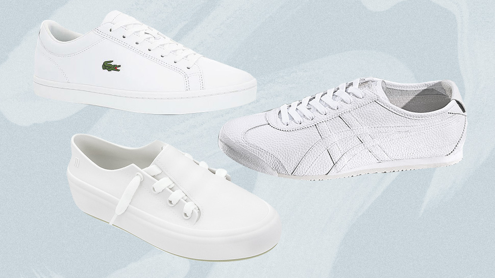 10 Minimalist White Sneakers You Can Wear with Any Outfit