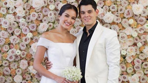 Mark Bumgarner Made Sarah Lahbati's Civil Wedding Dress In A Day!