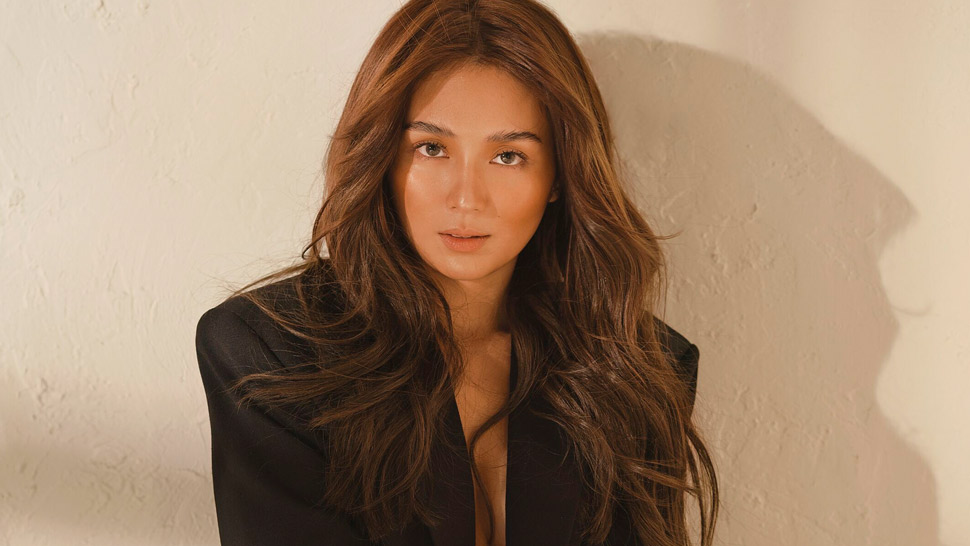 We Can't Get Over Kathryn Bernardo's Birthday Post With Her Most Daring Photo Yet