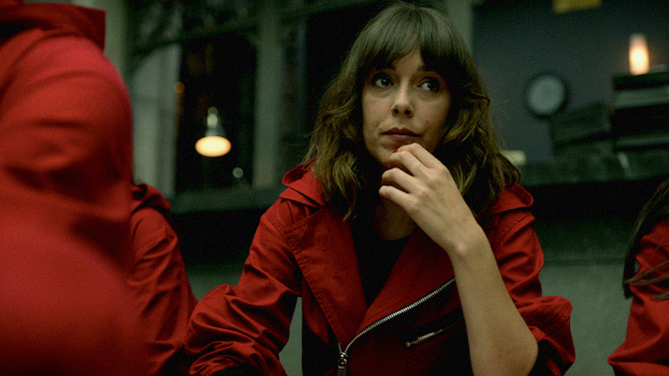 "There's A New Gang Member In ""money Heist"" Named After Manila"