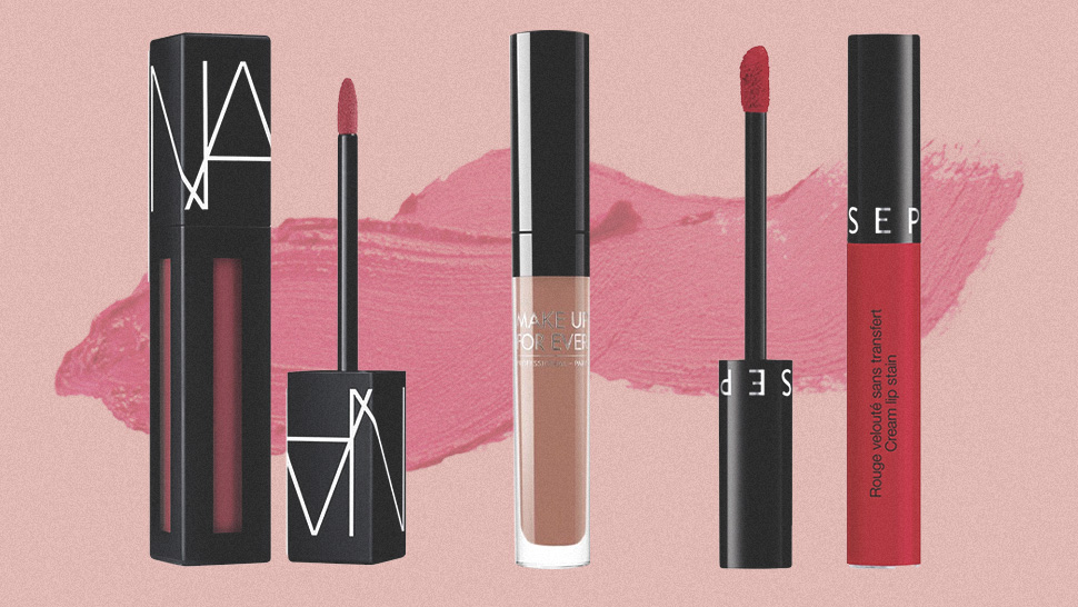 10 Long-lasting Lipsticks That Won't Transfer To Your Face Mask