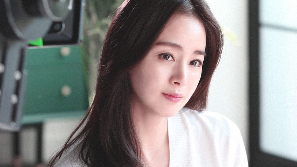 We Finally Know the Secrets Behind Kim Tae Hee's Flawless Makeup