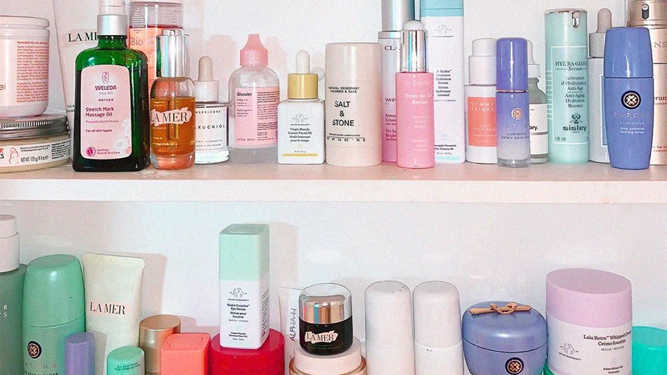 Here's A Cheat Sheet For When You Should Toss Your Skincare Products