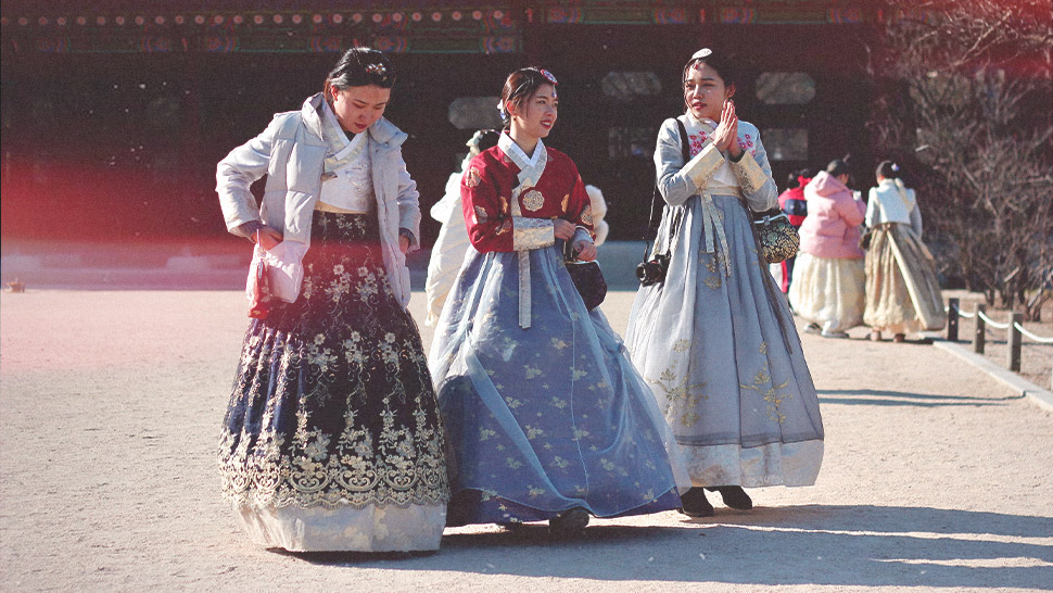 Missing Korea? You Could Actually Win a Prize for Posting Your Throwback Photos