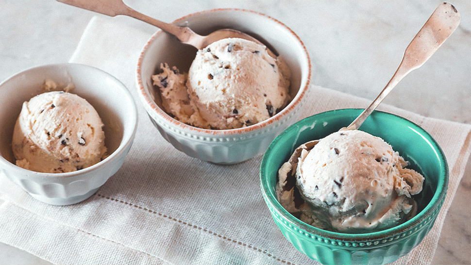 You Only Need 4 Ingredients to Make Homemade Ice Cream