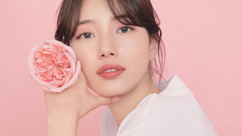 We're Obsessed With Suzy Bae's Rosy Makeup Look For A Magazine Cover