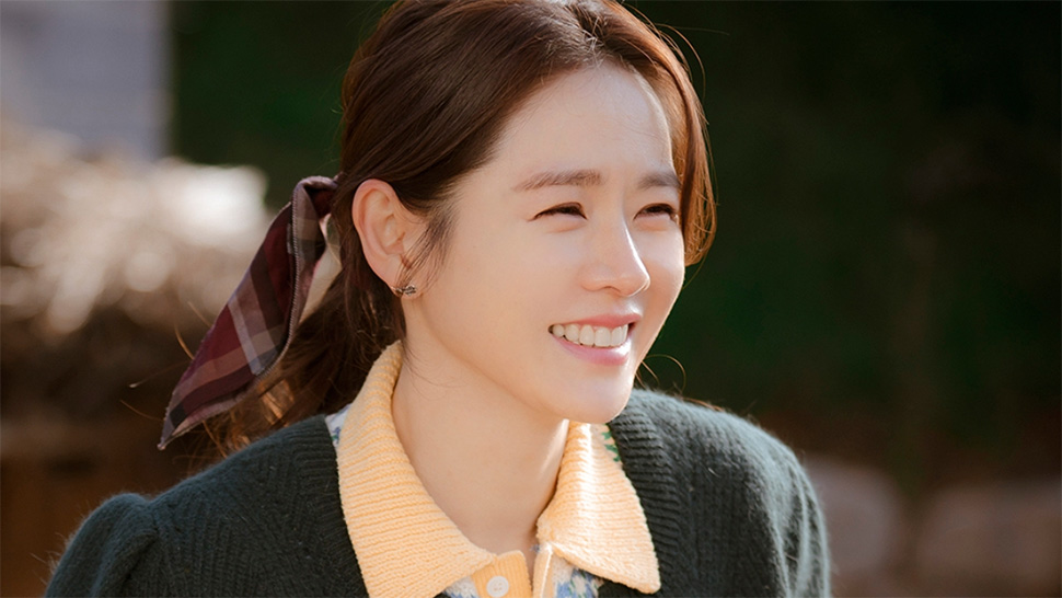 """Son Ye Jin Has Just Been Named the """"Most Beautiful Woman in the World"""""""